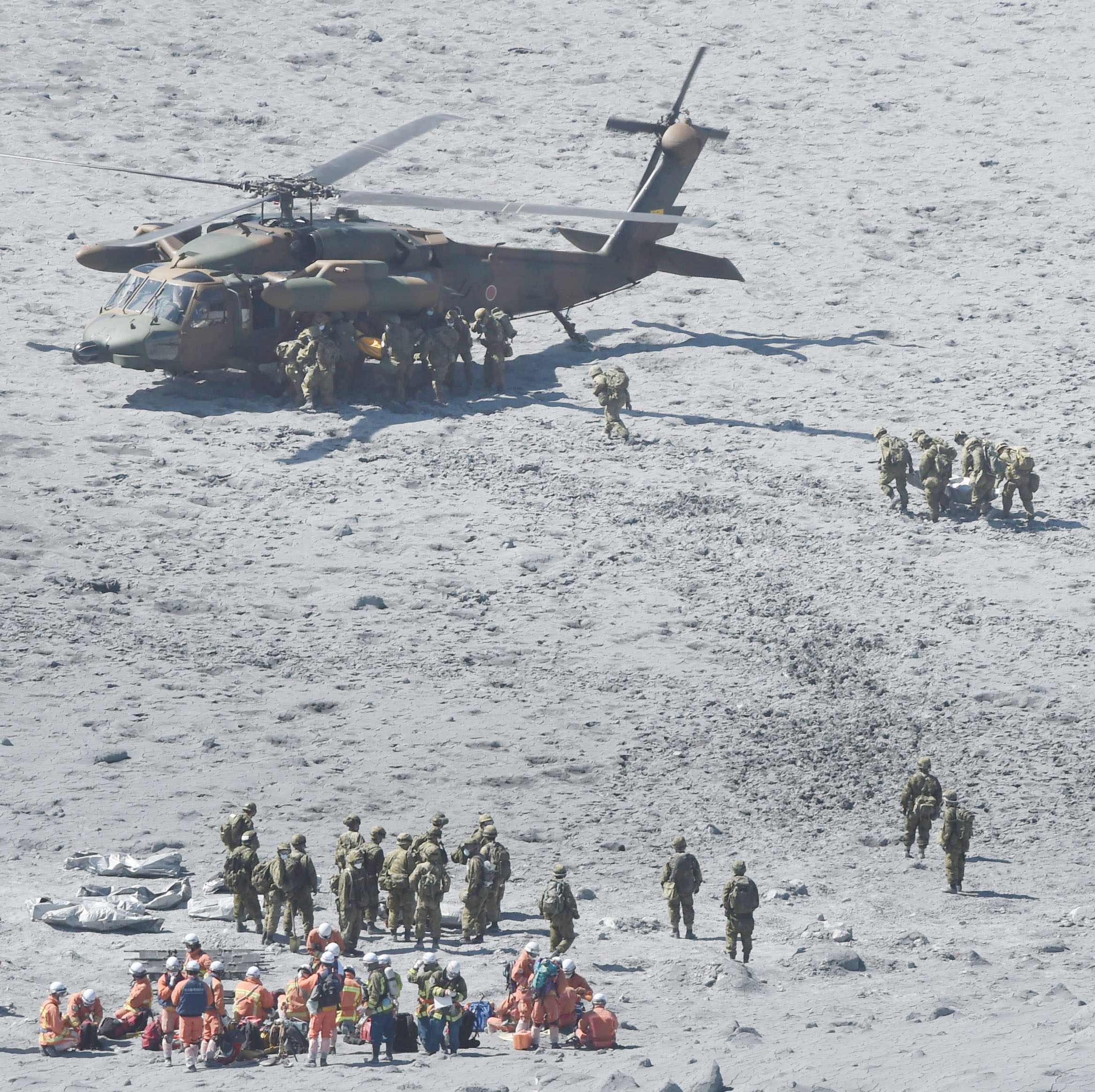 More bodies found on Japanese volcano; toll now 47
