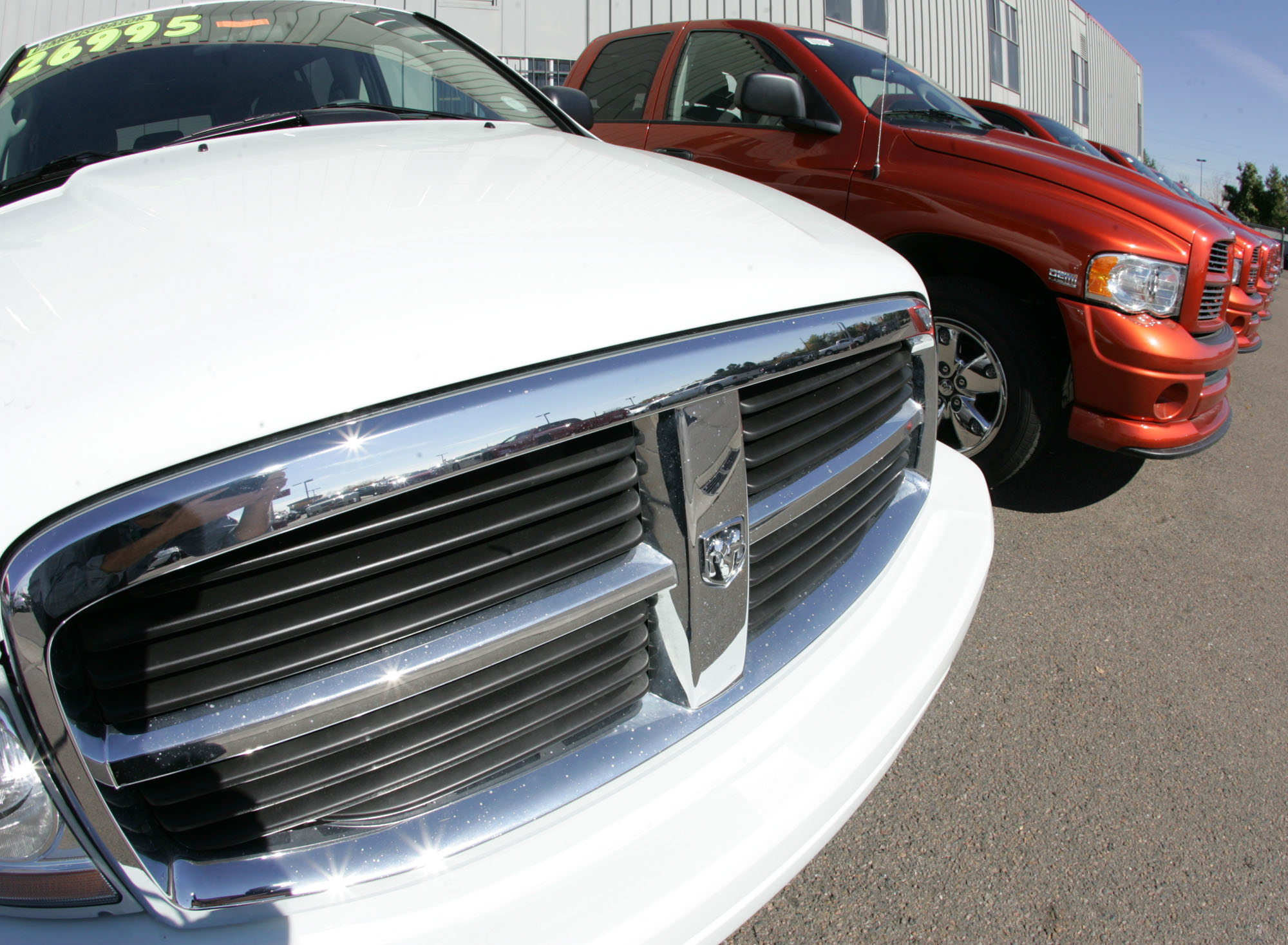 Chrysler agrees to expand air bag recall (AP Photo/David Zalubowski, File)