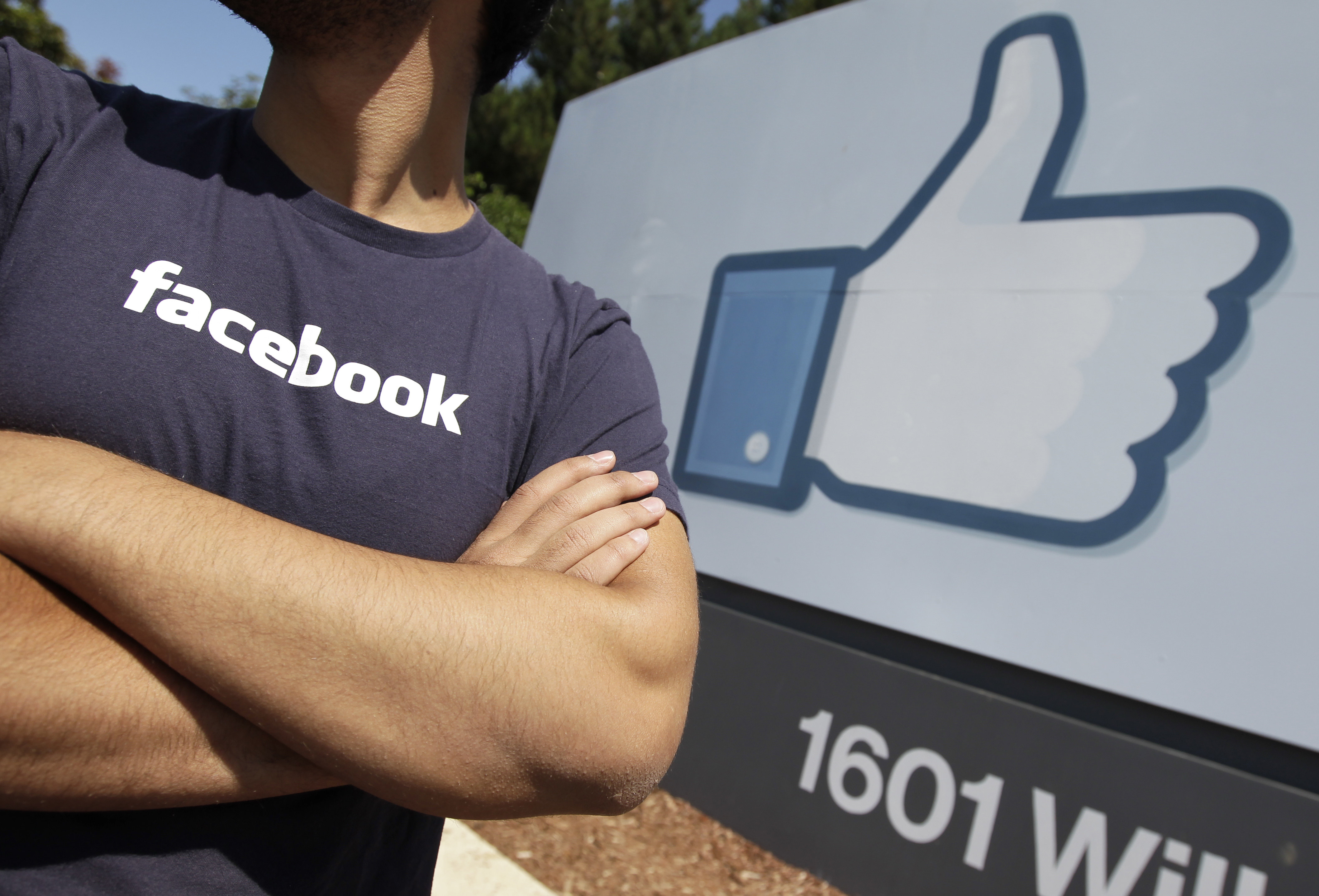 Facebook, Apple pay for egg freezing, sperm donors