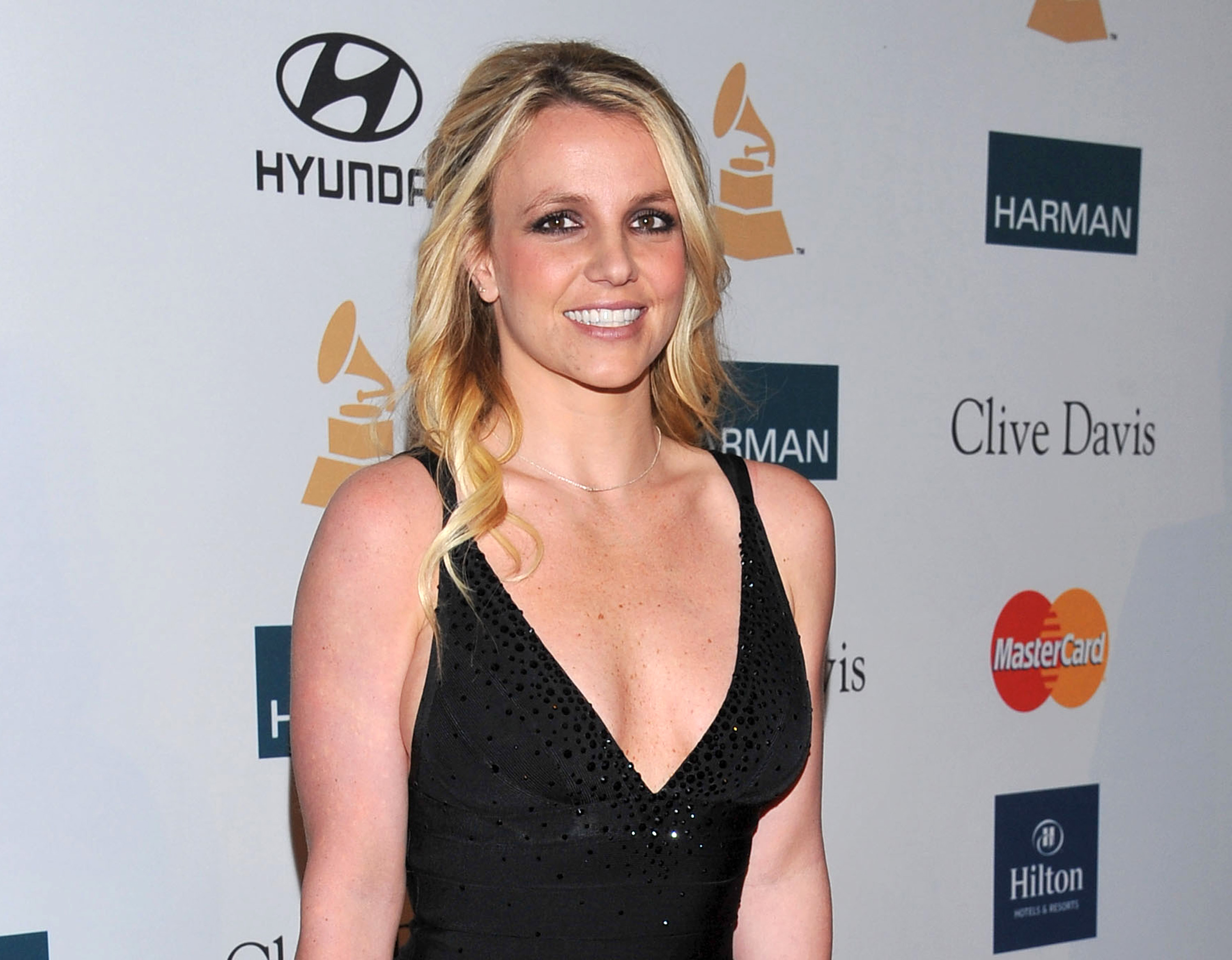 britney spears' self-styled manager set to testify
