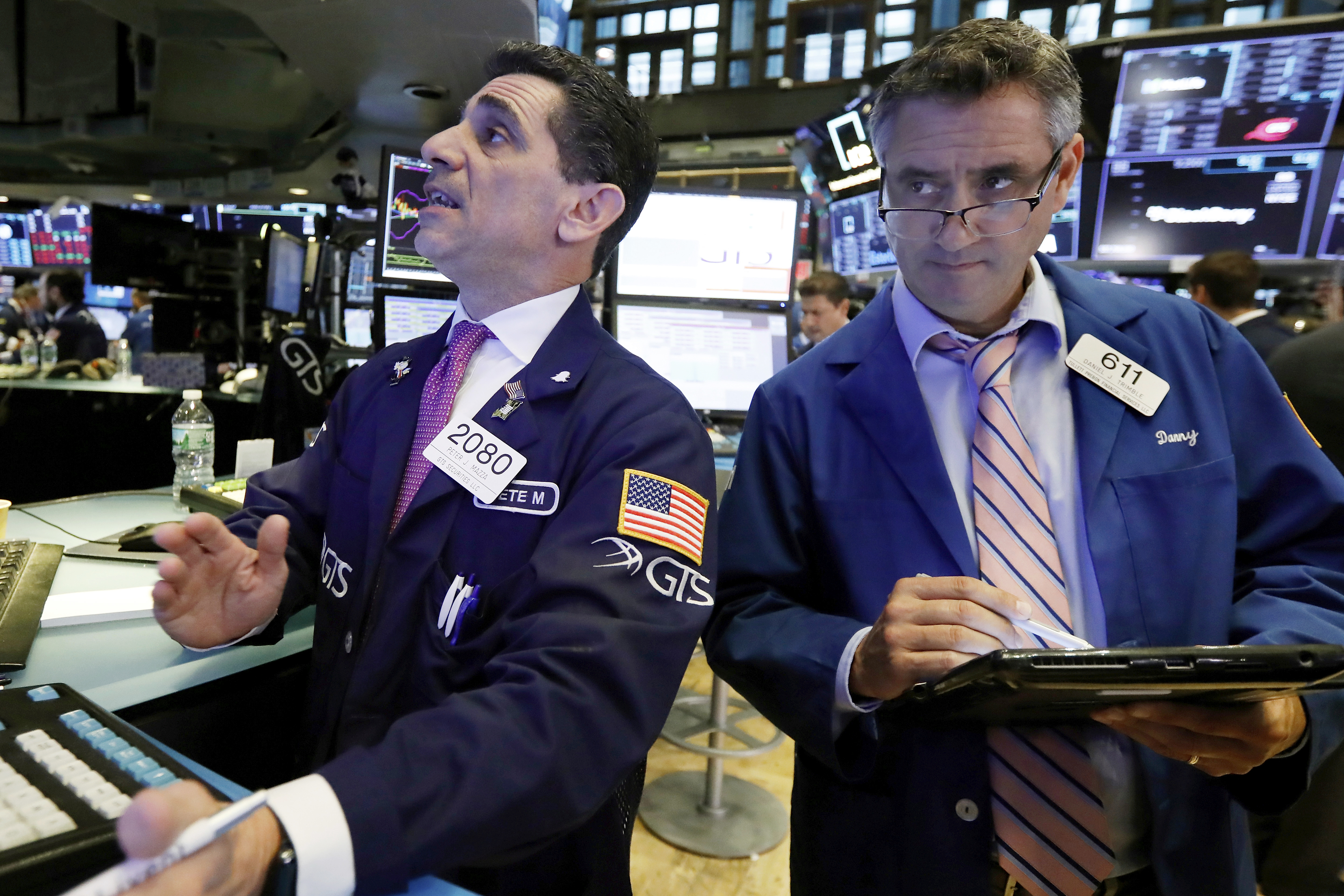 Markets Right Now: Dow falls again as industrial stocks sink