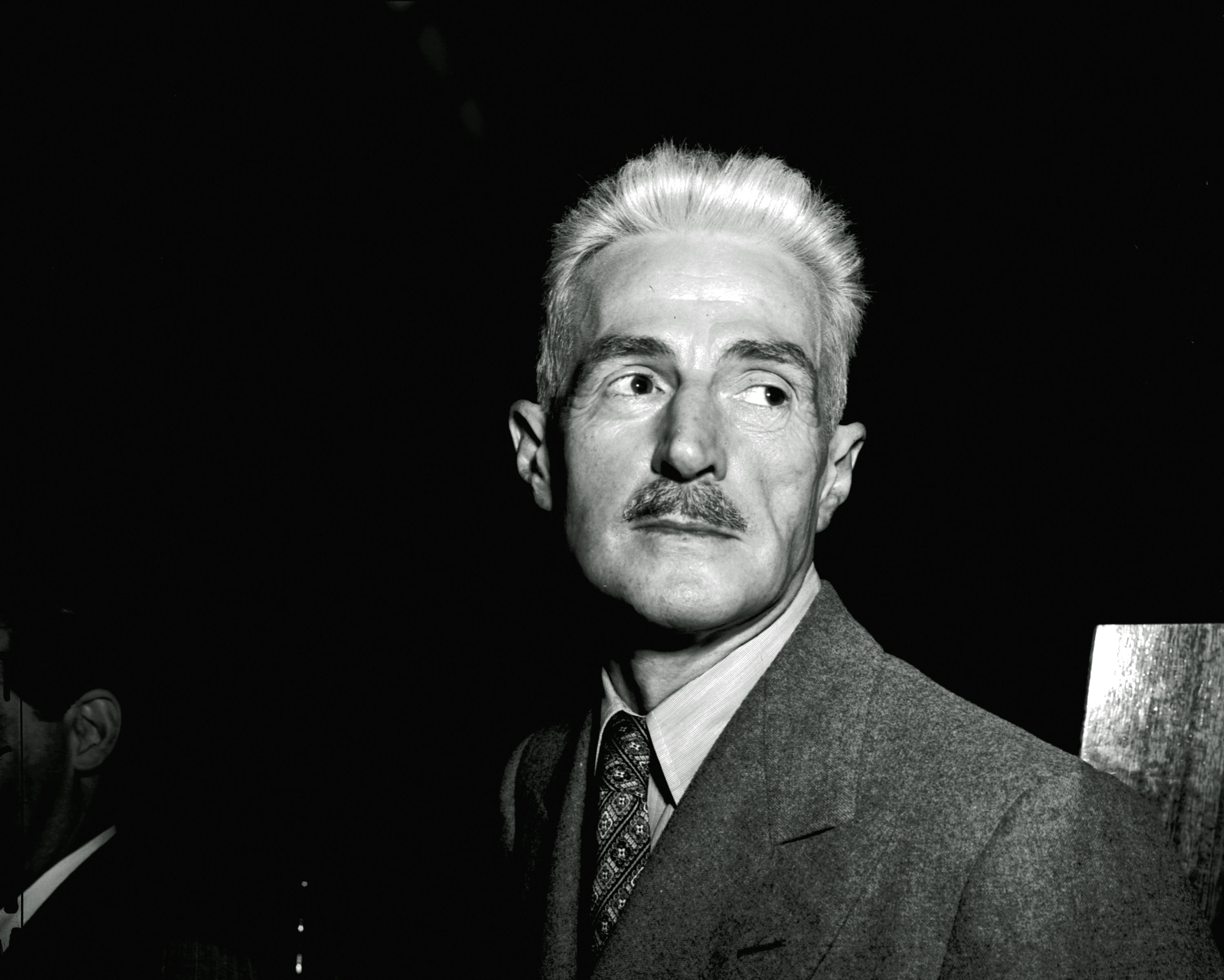 Crime caper kingpin Dashiell Hammett papers home at U of SC