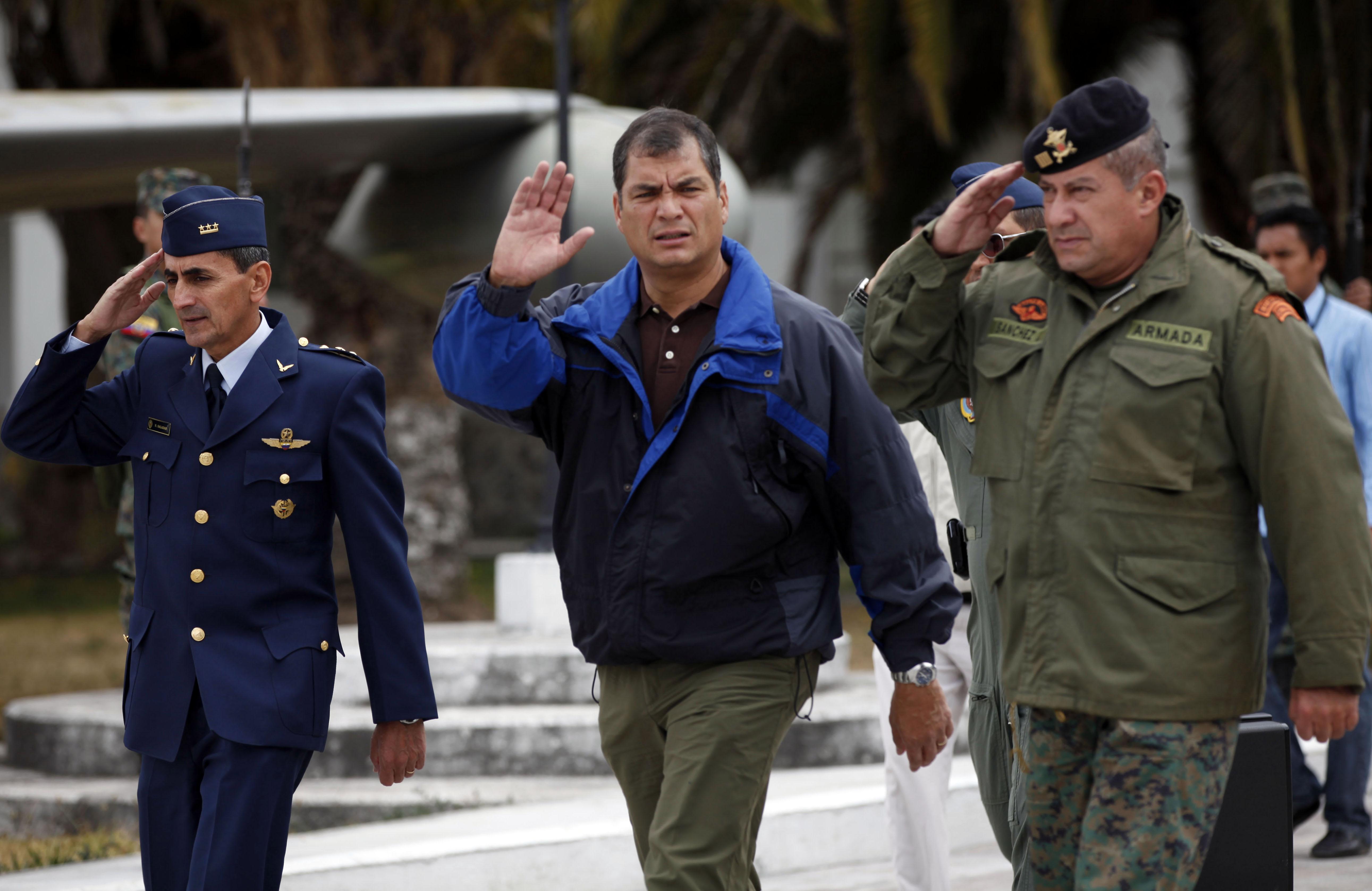 ecuador leader seeks moral halo in asylum fight