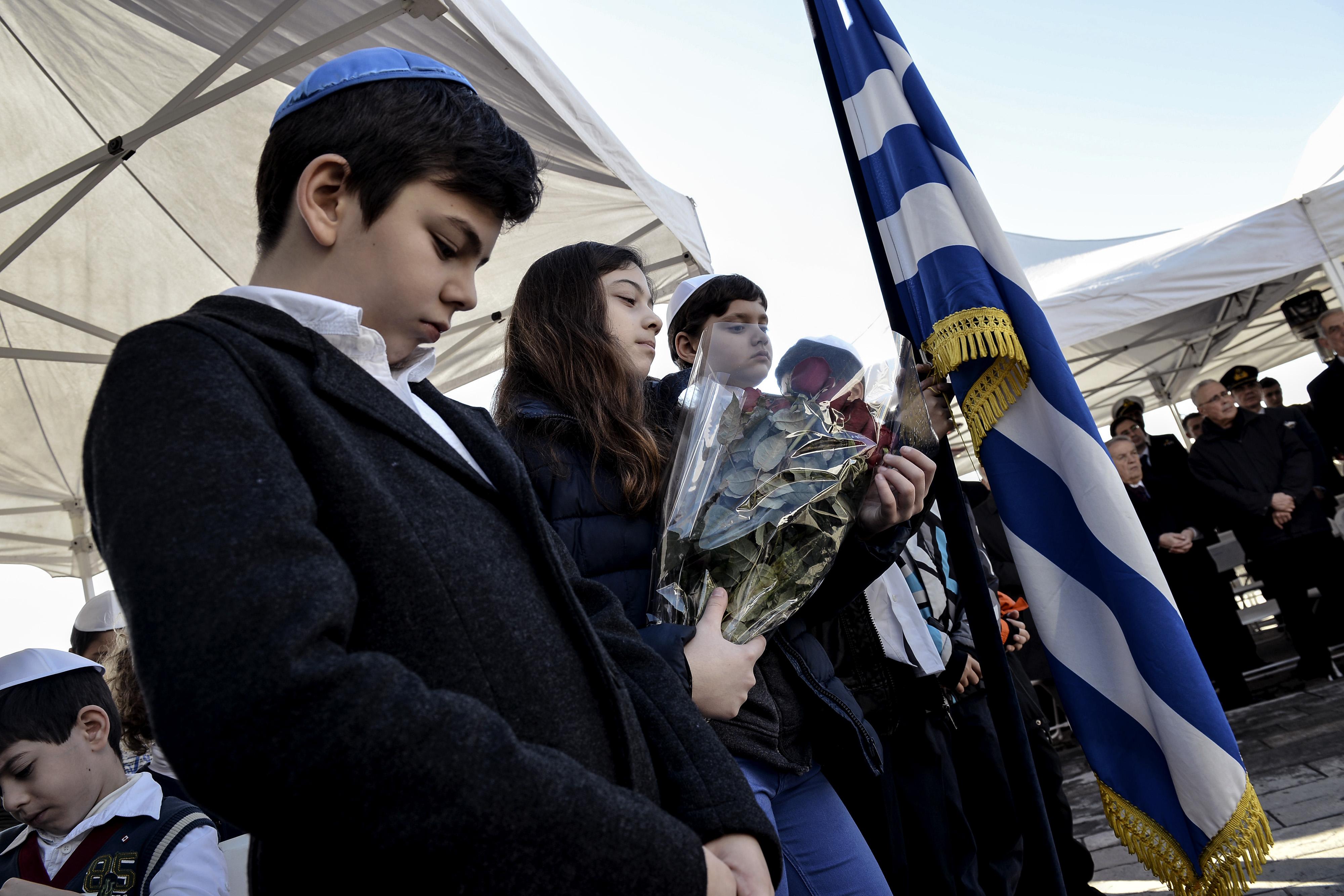Jewish people during W...