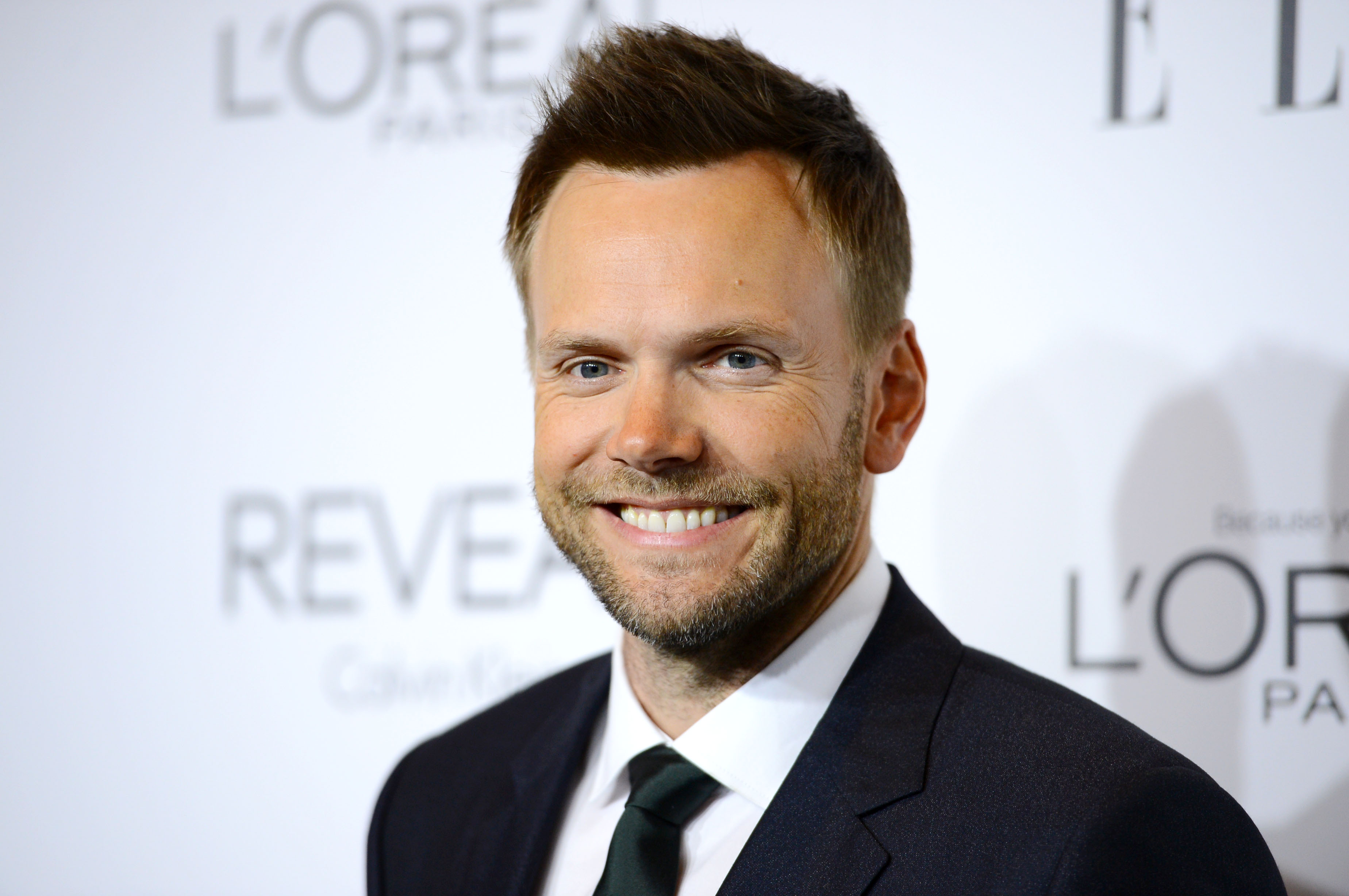 Joel McHale to host annual ESPY awards