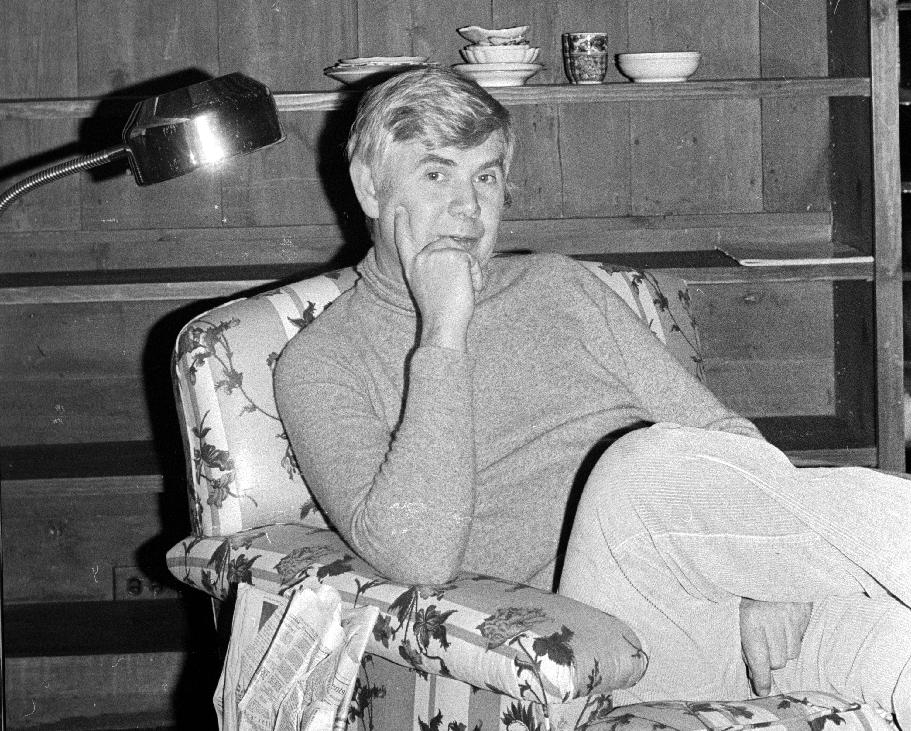 Fashion publishing legend John B. Fairchild dead at 87