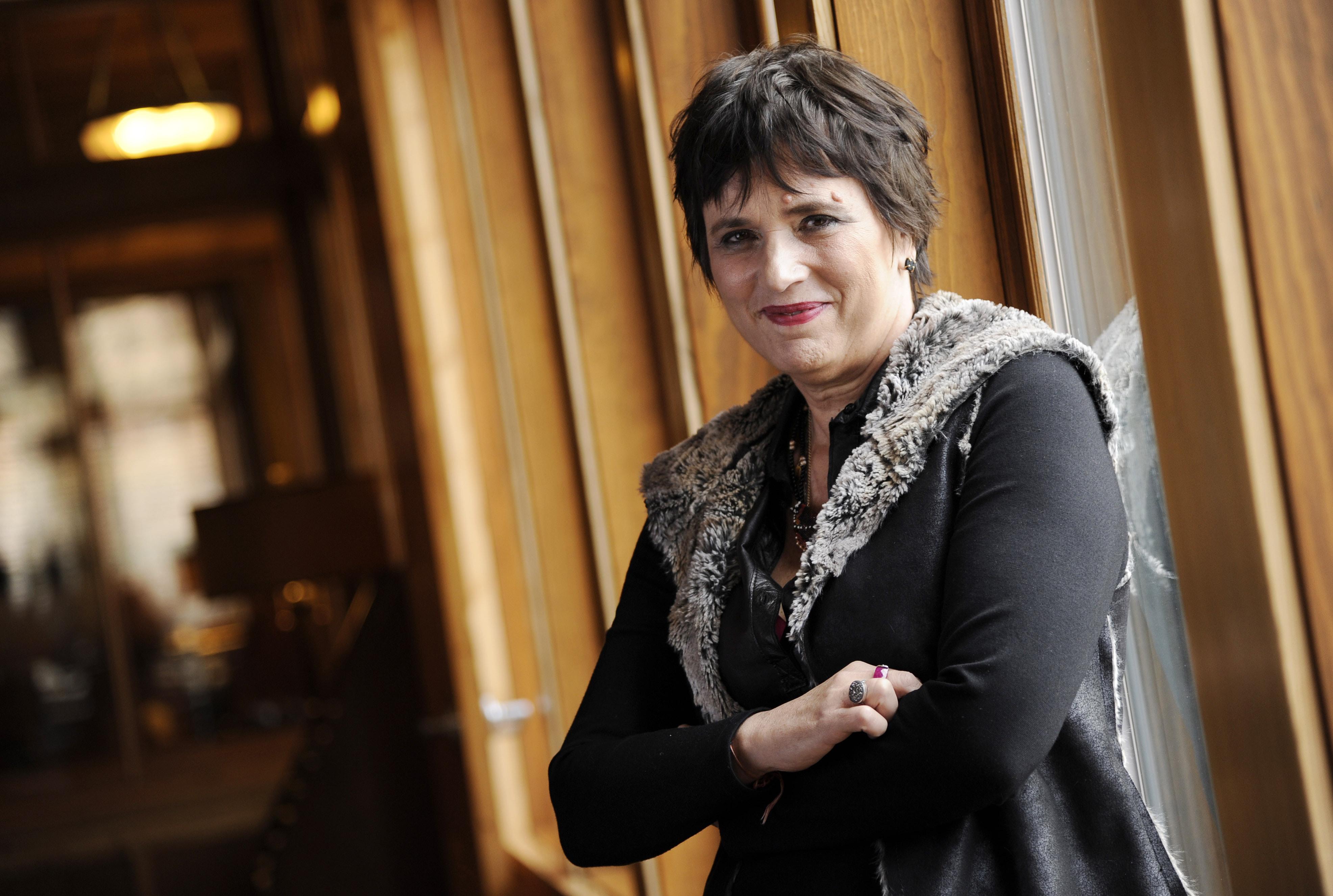 Playright Eve Ensler to get honor at John Lennon tribute