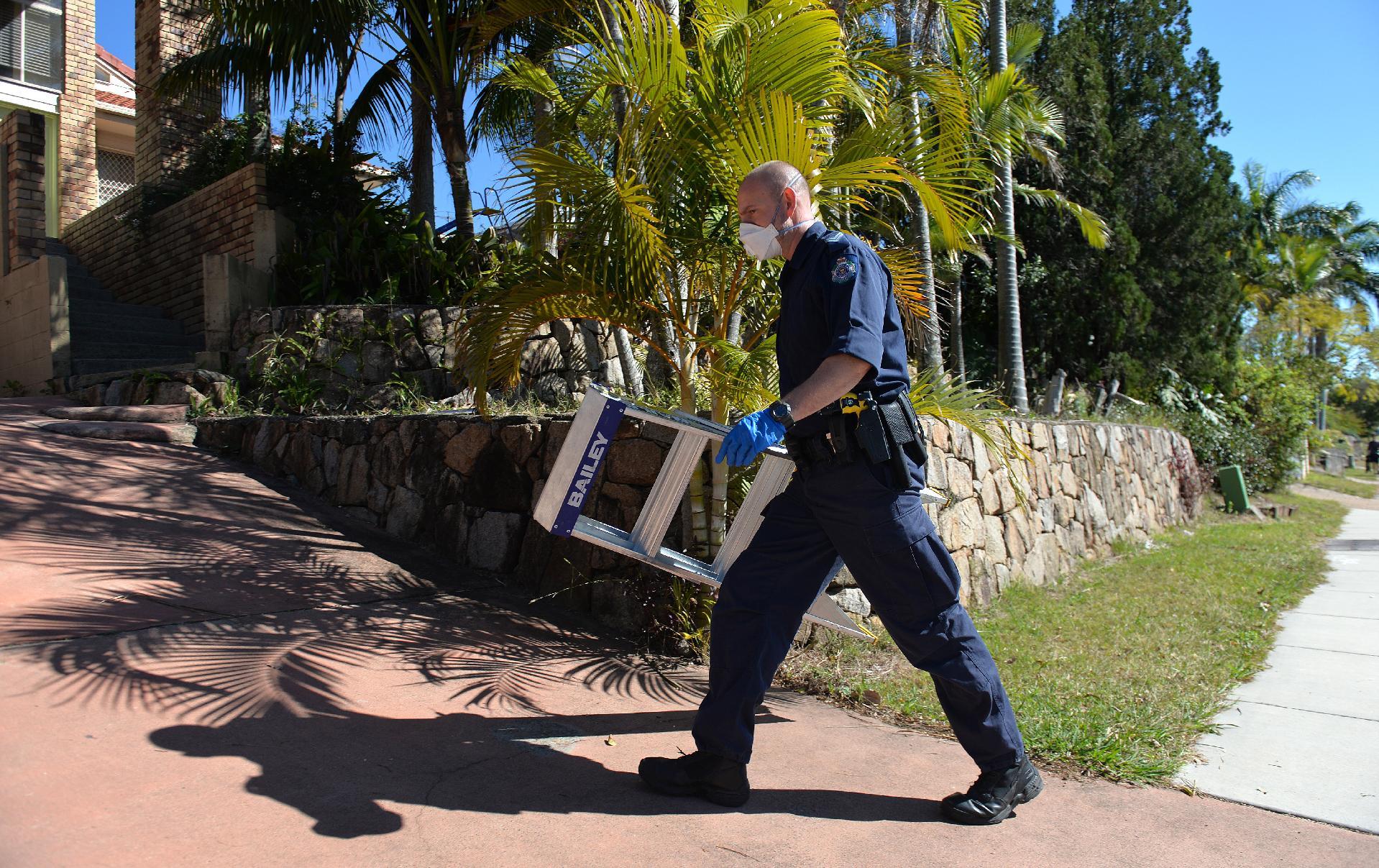 Australia police: IS beheading plot thwarted