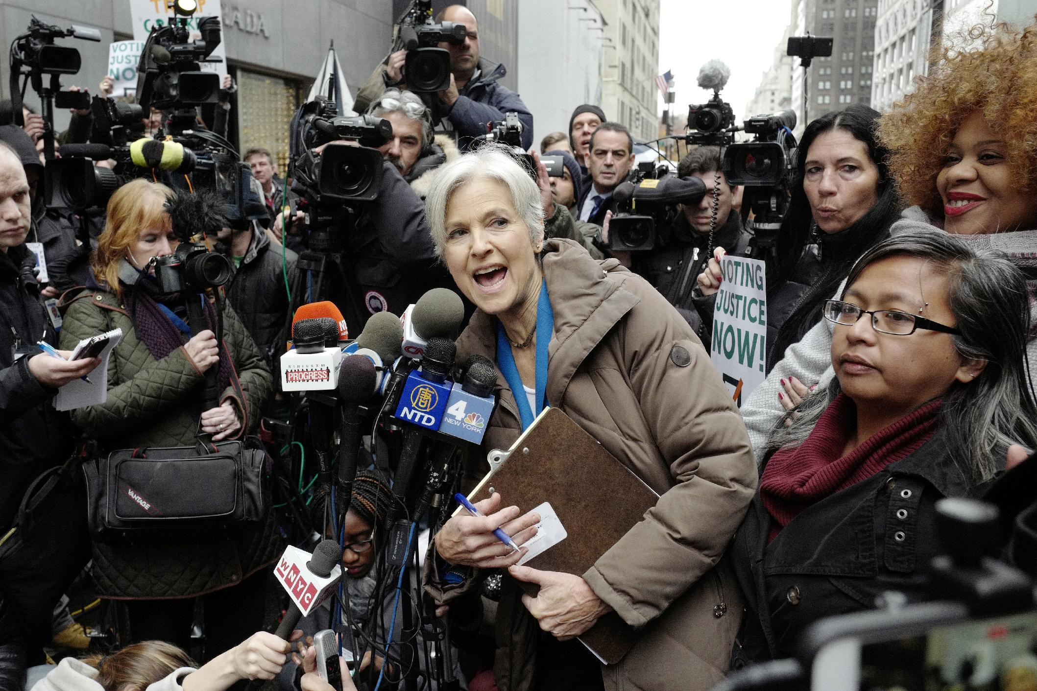 The Latest: Little change in Wisconsin recount results