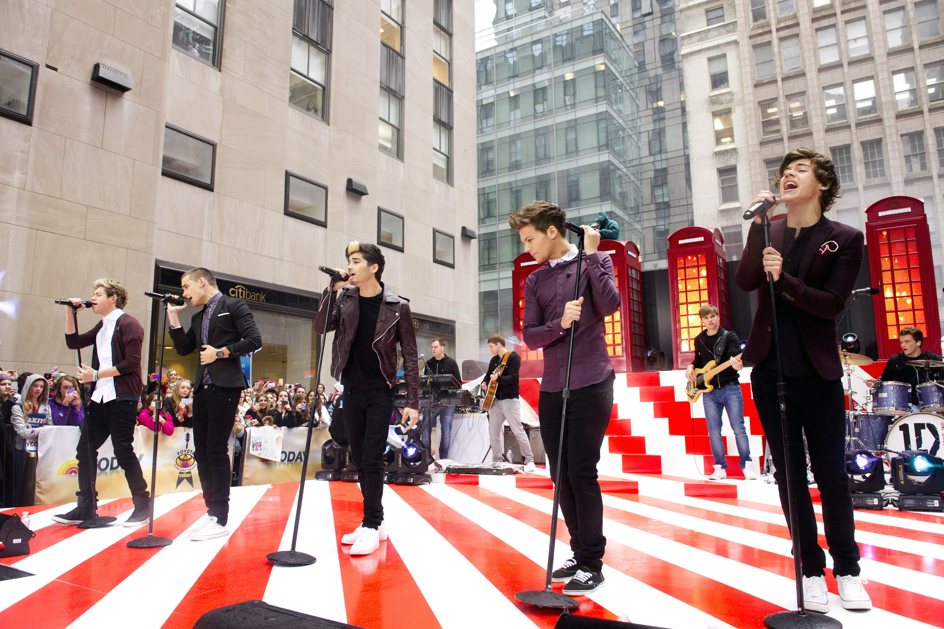 One Direction members, from left, Niall Horan, Liam Payne, Zayn Malik, Louis Tomlinson and Harry Styles perform on NBC's