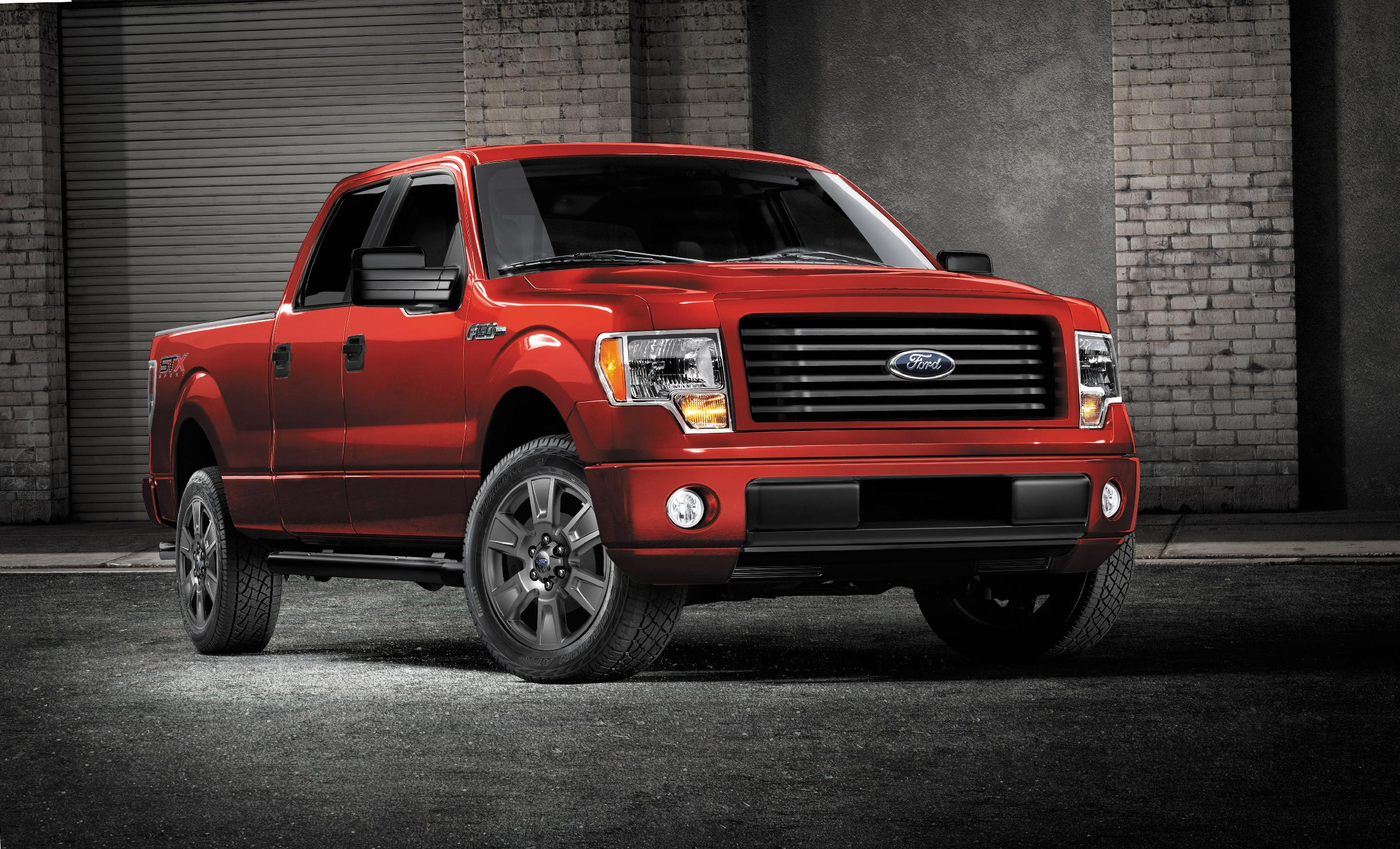 FILE - This undated file image provided by Ford shows the 2014 Ford F-150 STX SuperCrew truck. Ford on Tuesday, Nov. 4, 2014 announced it is recalling more than 202,000 vehicles in North America, including about 135,000 F-150 pickups and Ford Flex family haulers from the 2014 model year, to fix gas leaks, air bag sensors, stalling and other issues. (AP Photo/Ford, File)