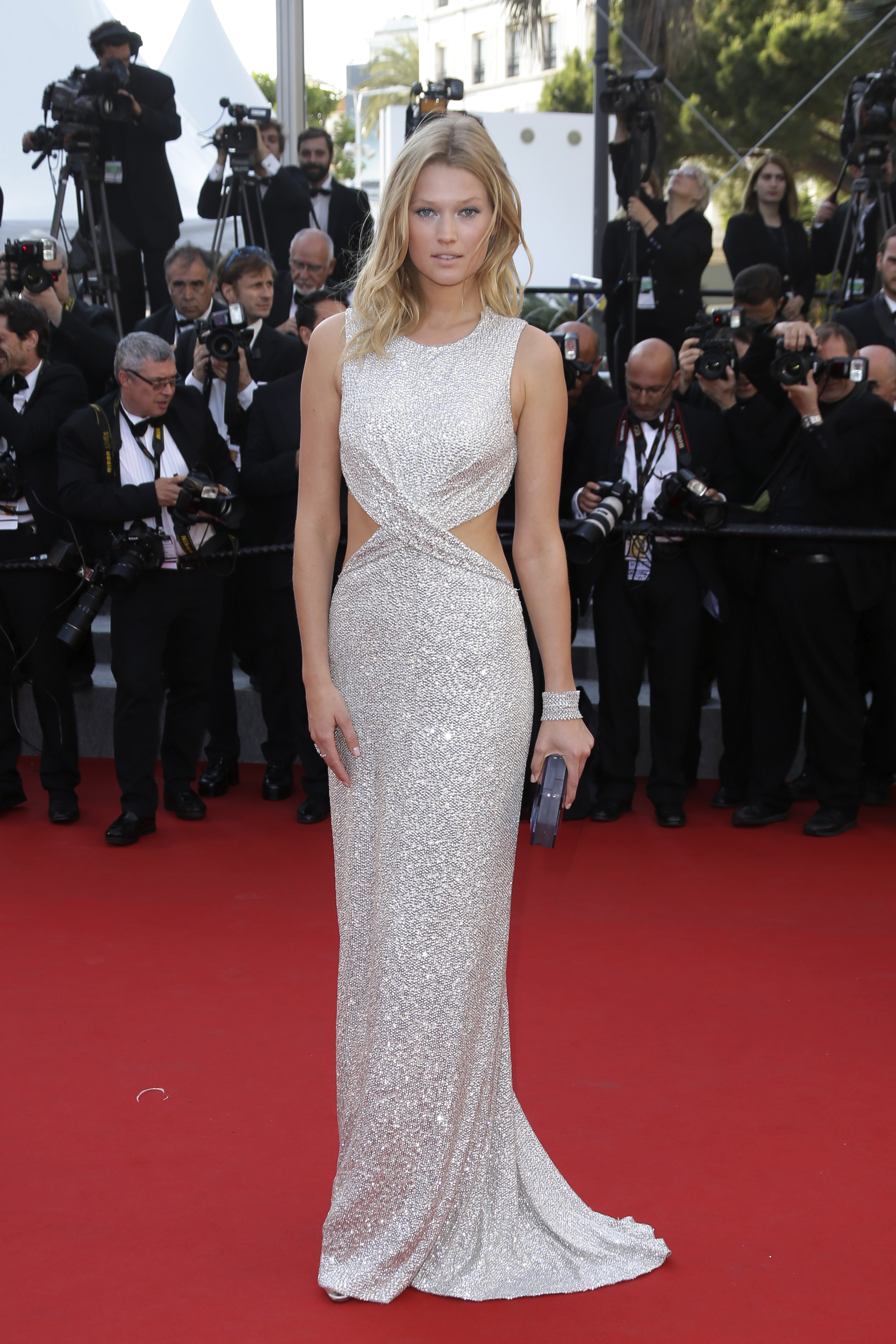 CANNES WATCH: Toni Garrn sparkles in silver on red carpet