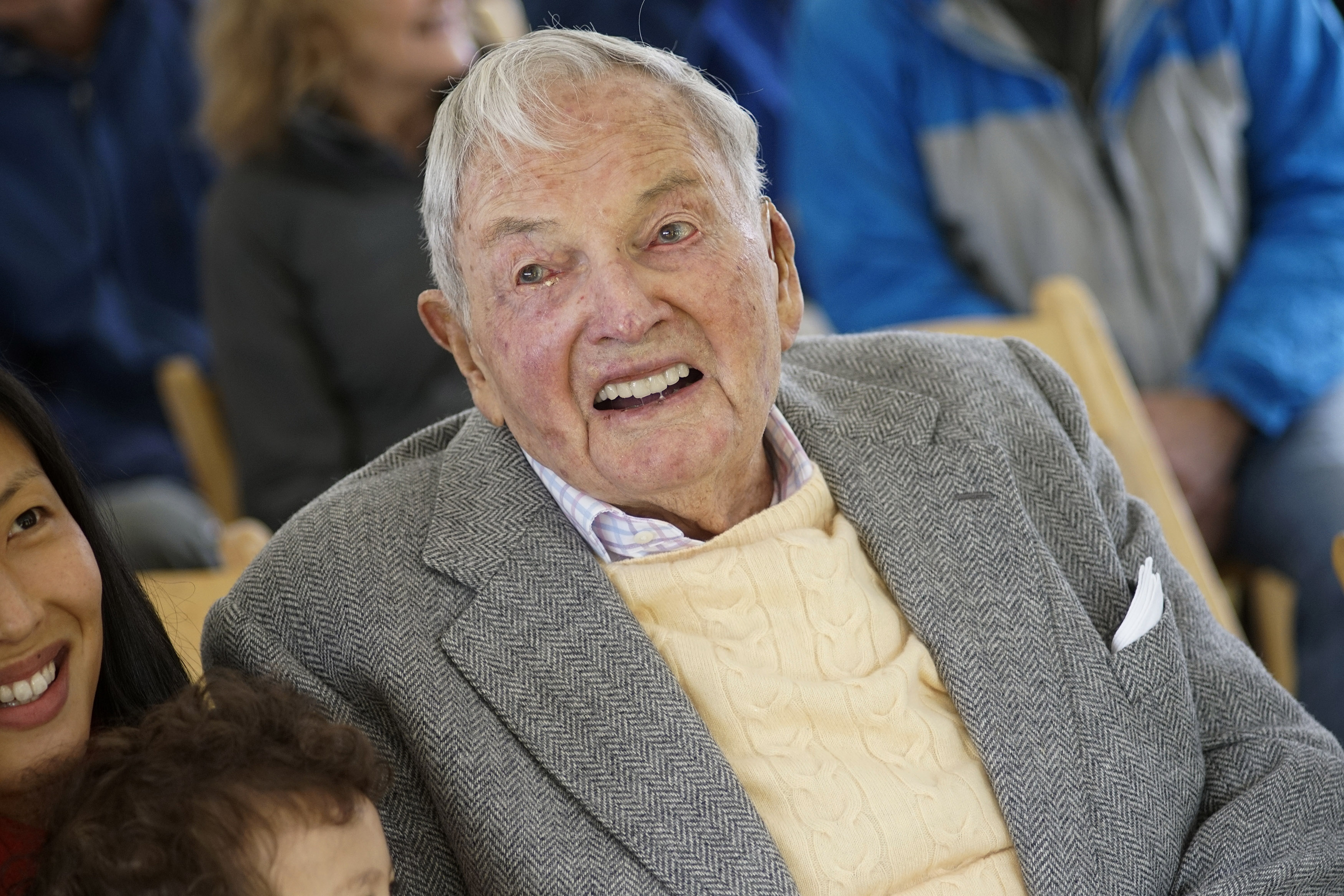 Rockefeller makes rare appearance ahead of 100th birthday