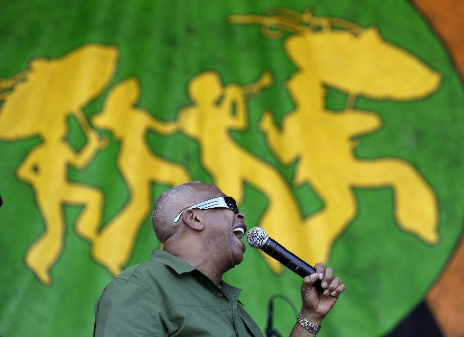 New Orleans wraps up Jazz Fest with raucous performances