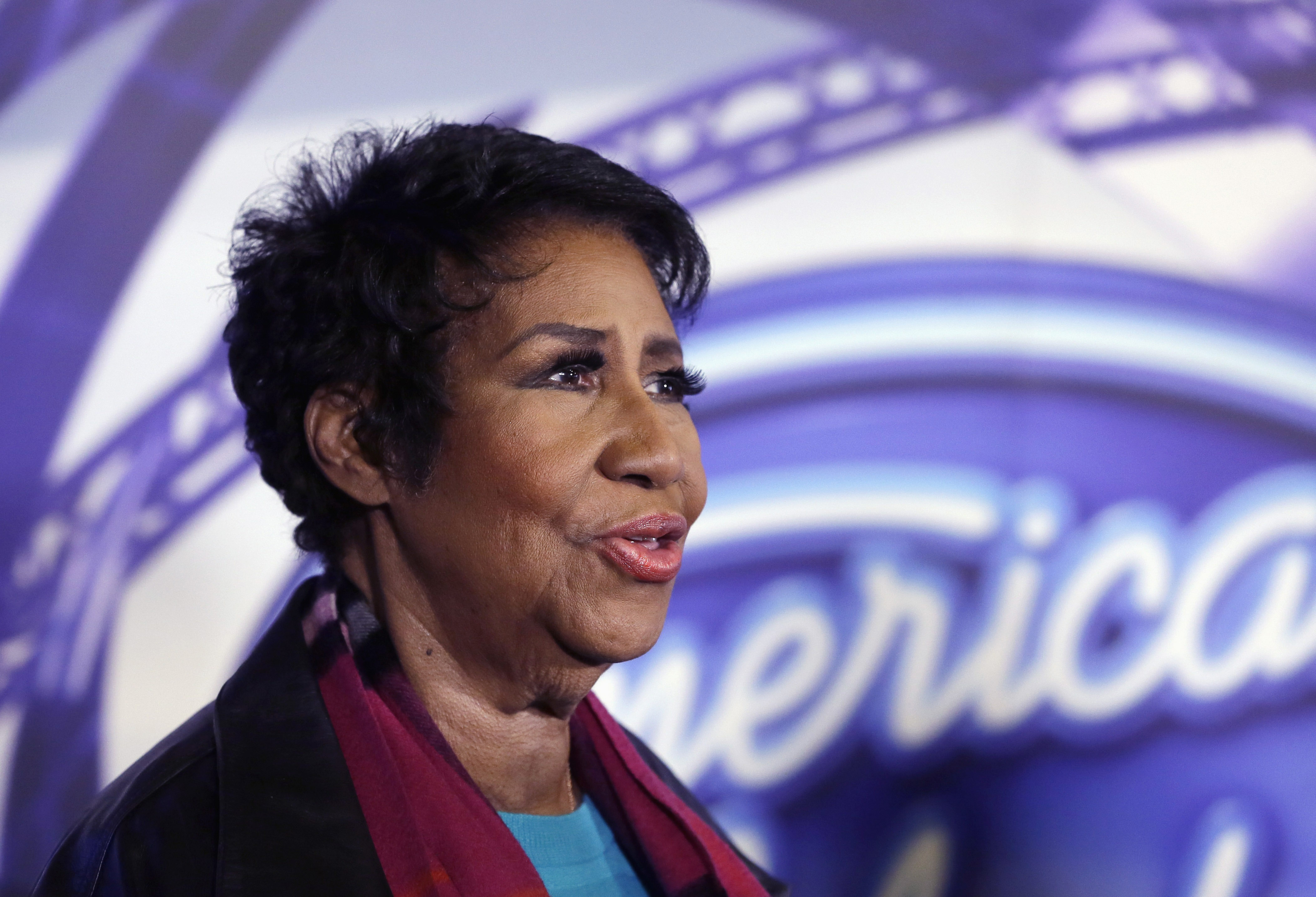 Aretha Franklin sings praises of Illinois after highway help
