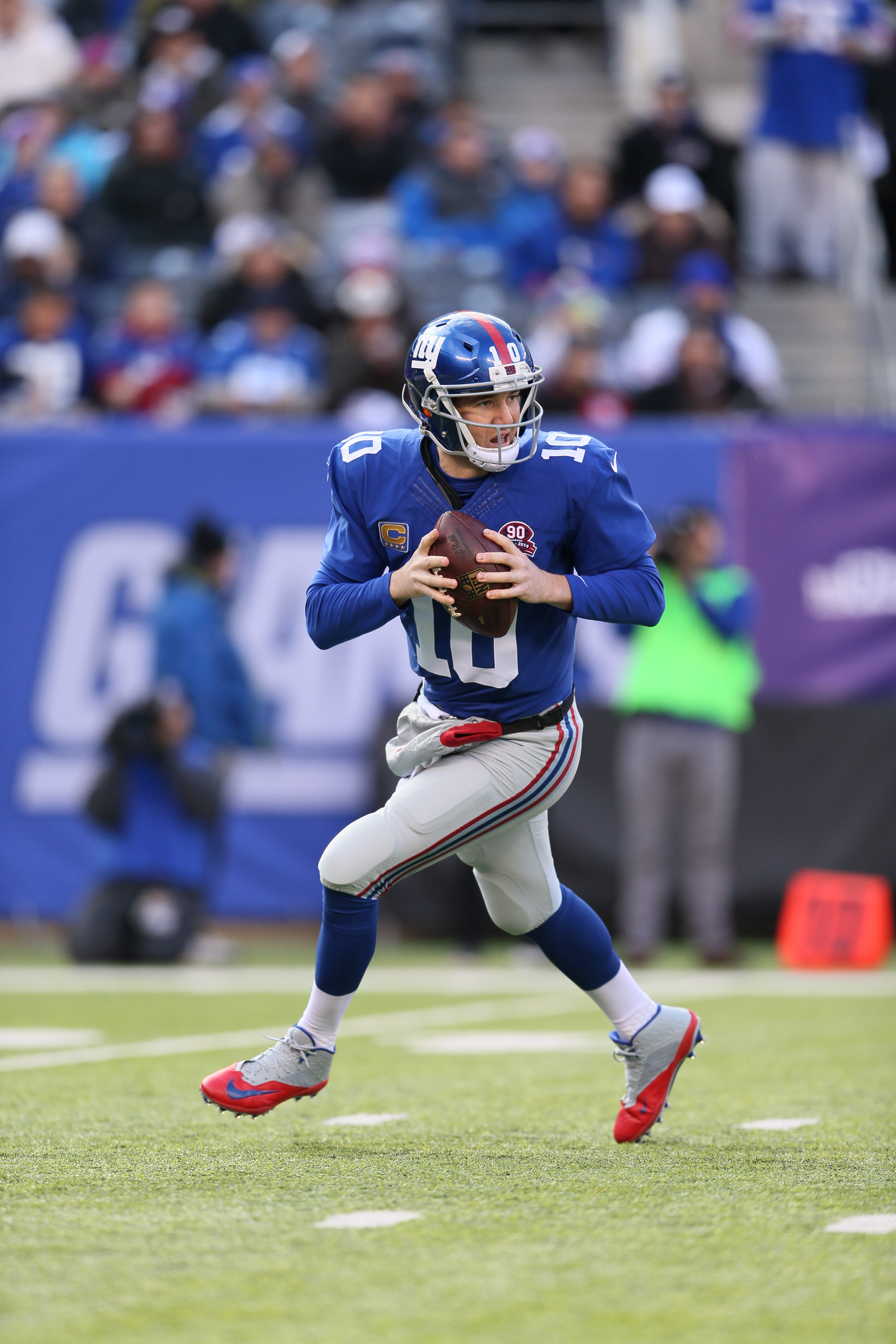 Eli Manning  (10) of the New York Giants in action against the Washington Redskins  on Sunday December 14, 2014 at MetLife Stadium in East Rutherford, NJ  (Damian Strohmeyer/ AP Images for DirecTV)