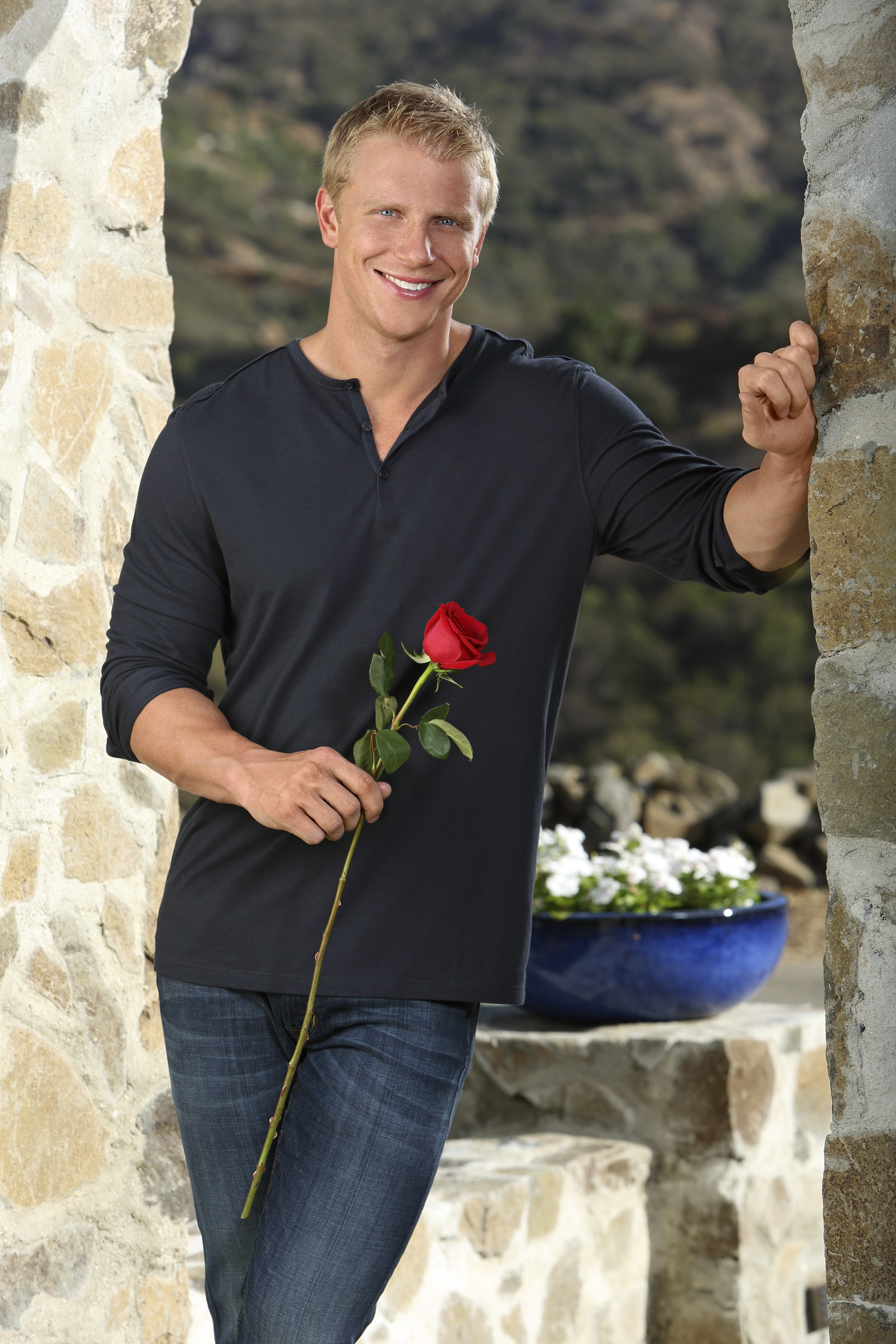 'The Bachelor' Season 17 premiere: Meet Sean Lowe's wild and wacky women