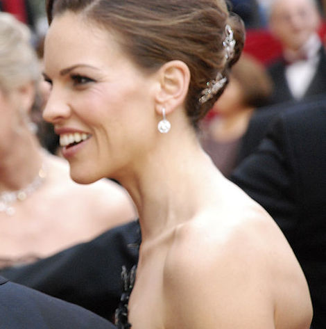 Hilary Swank on the Oscars Red Carpet.