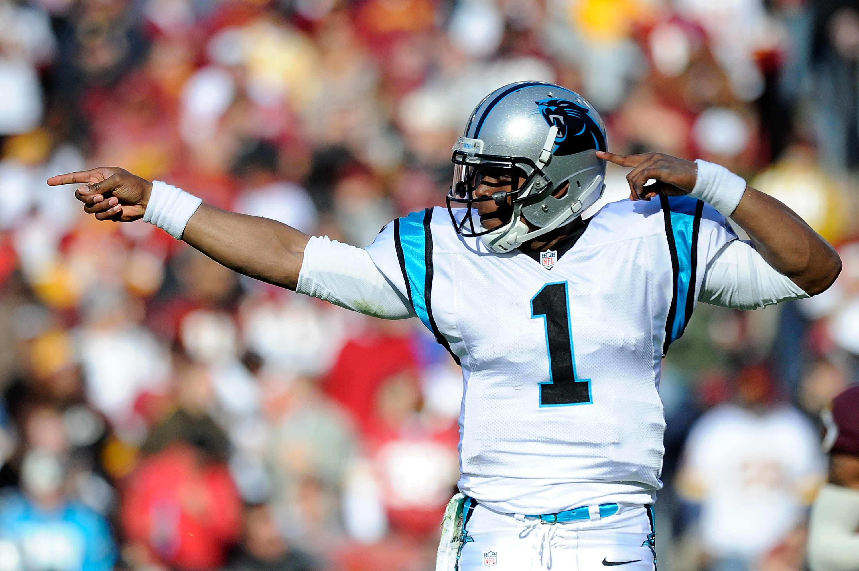 carolina-panthers-v-washington-redskins-20121104-114219-639.jpg