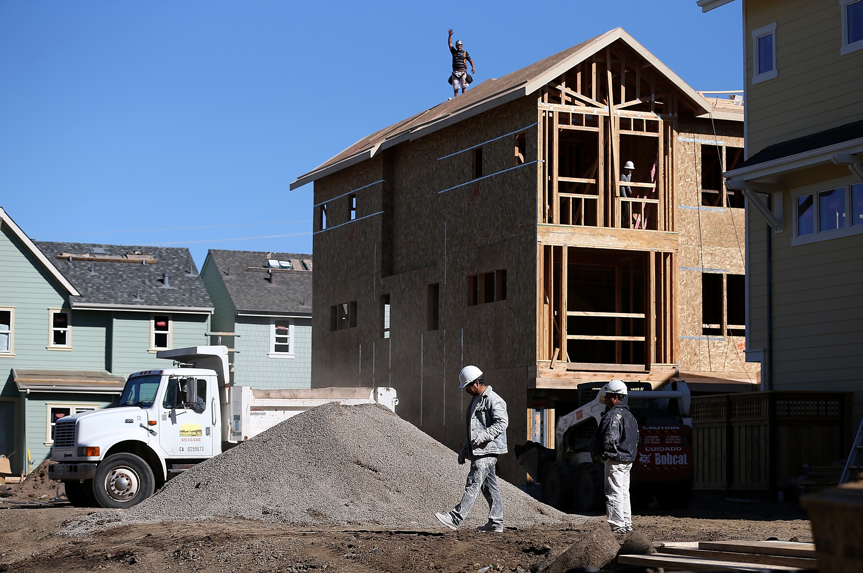 A new is under construction at a housing development on April 16, 2013 in San Mateo, California. (Photo by Justin Sullivan/Getty Images)