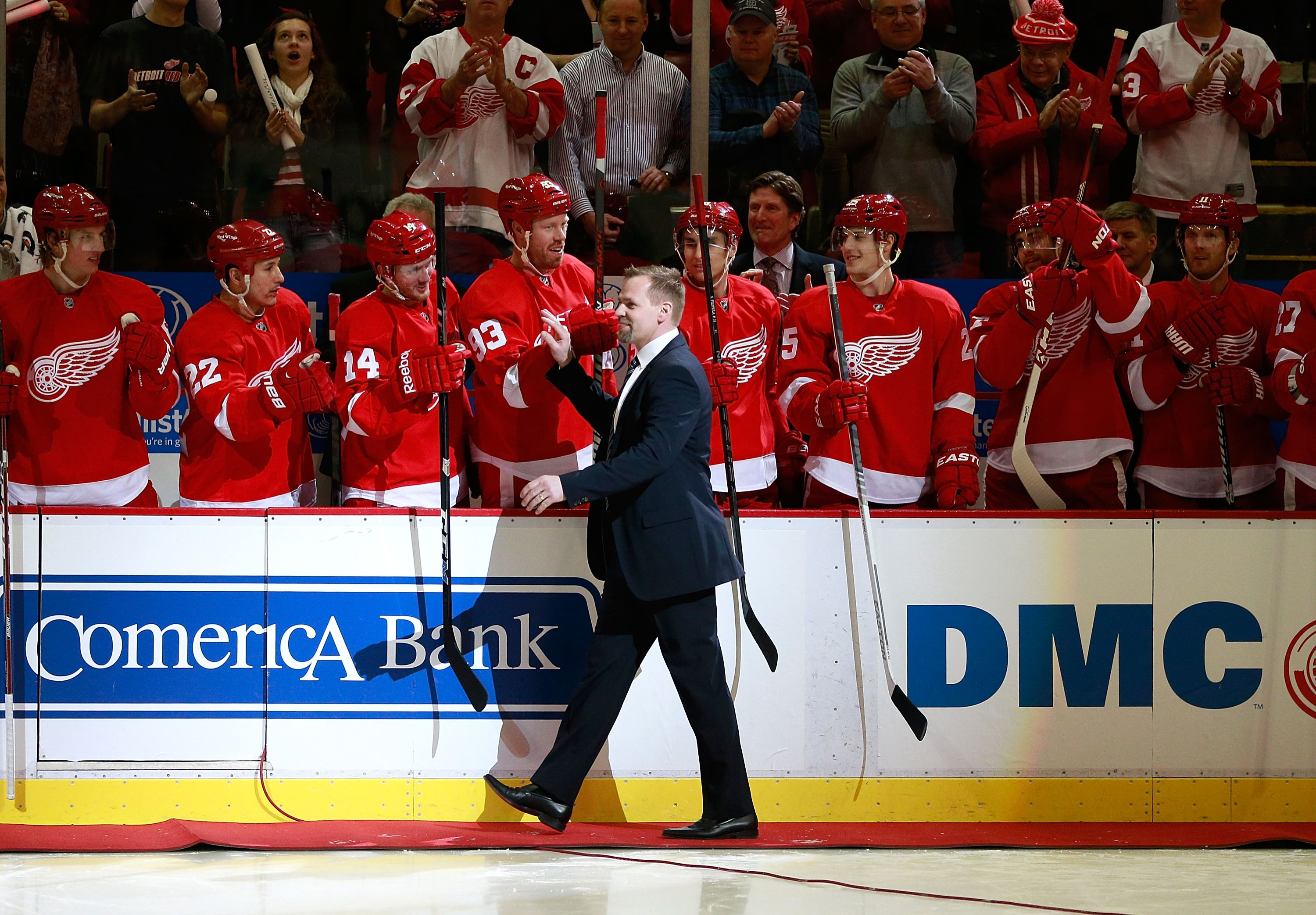Tomas Holmstrom's retirement speech was as entertaining as the Wings player's goofy, gutsy career. (Getty)