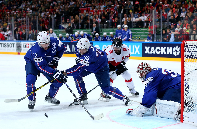 France v Switzerland - 2015 IIHF Ice Hockey World Championship