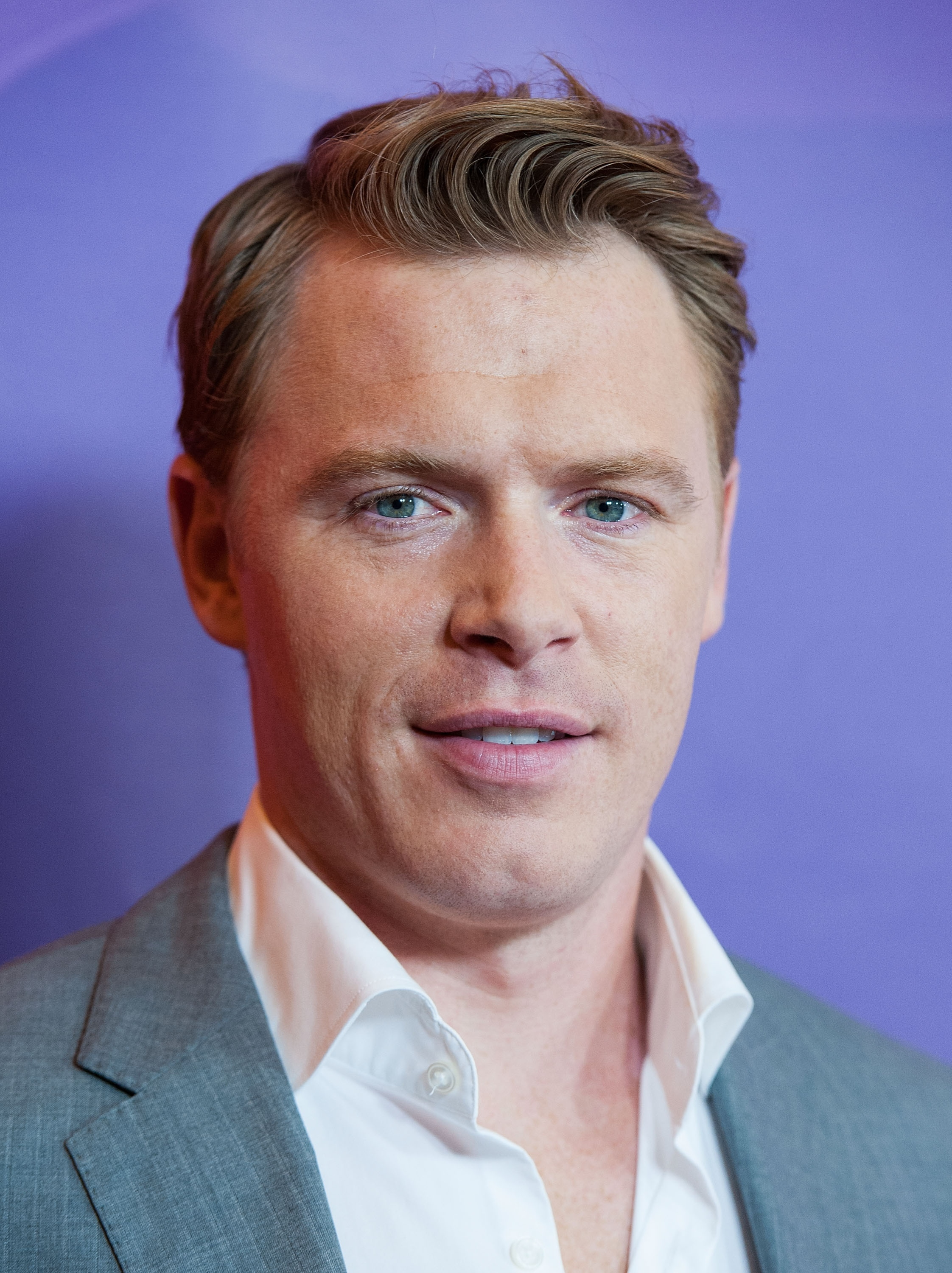 Diego Klattenhoff Pulls Triple Duty: 'The Blacklist' G-Man, 'Homeland' Marine, and Yahoo! TV Instagrammer