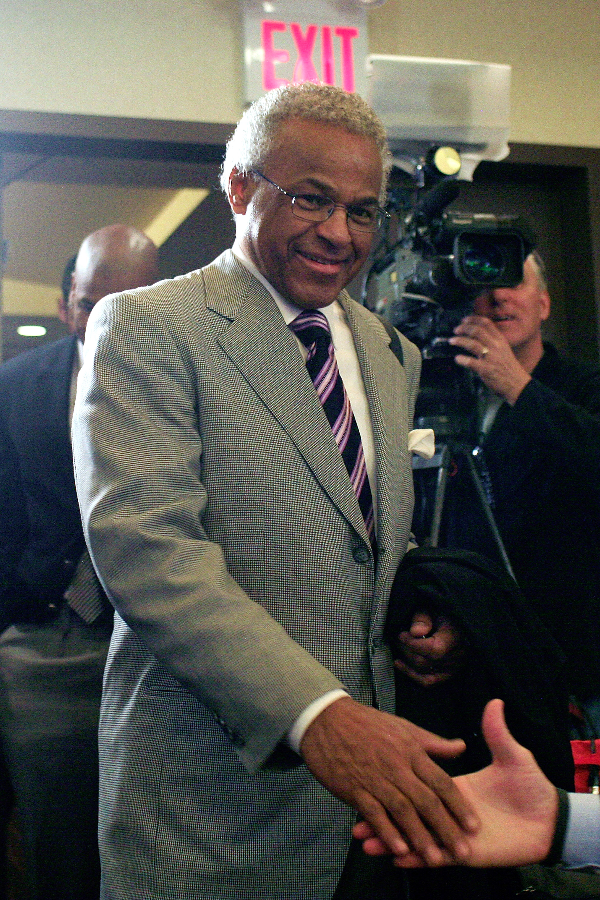 Billy Hunter has filed a grievance against the NBA with the Department of Labor. (Getty Images)