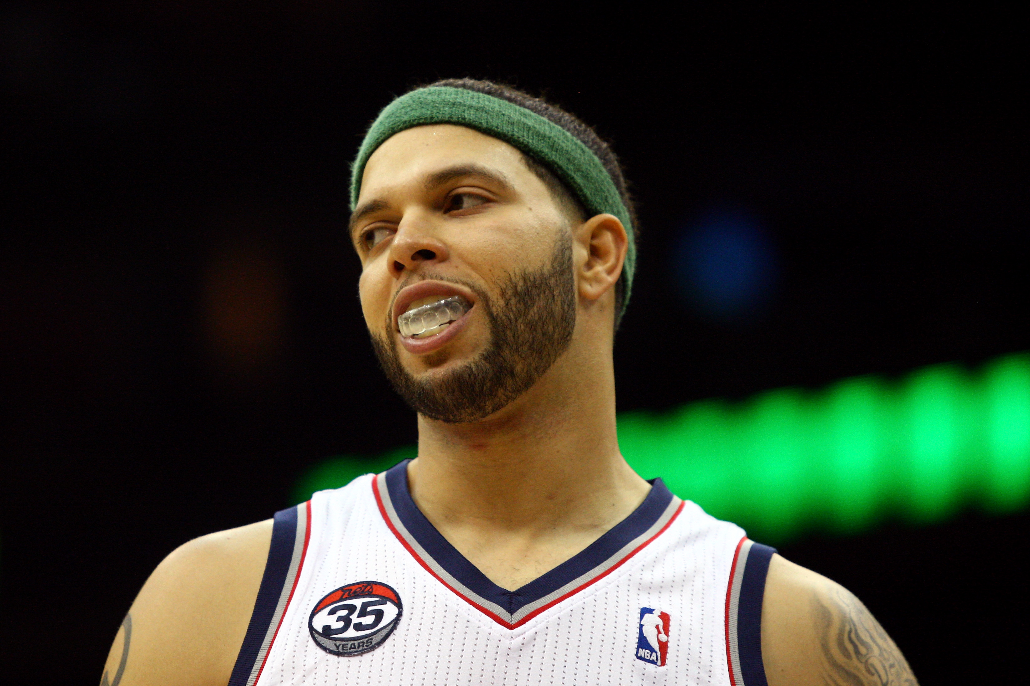 Deron Williams doesn't want to stay with the Nets unless they become an instant contender. (Getty Images)