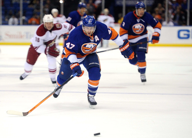 Phoenix Coyotes v New York Islanders