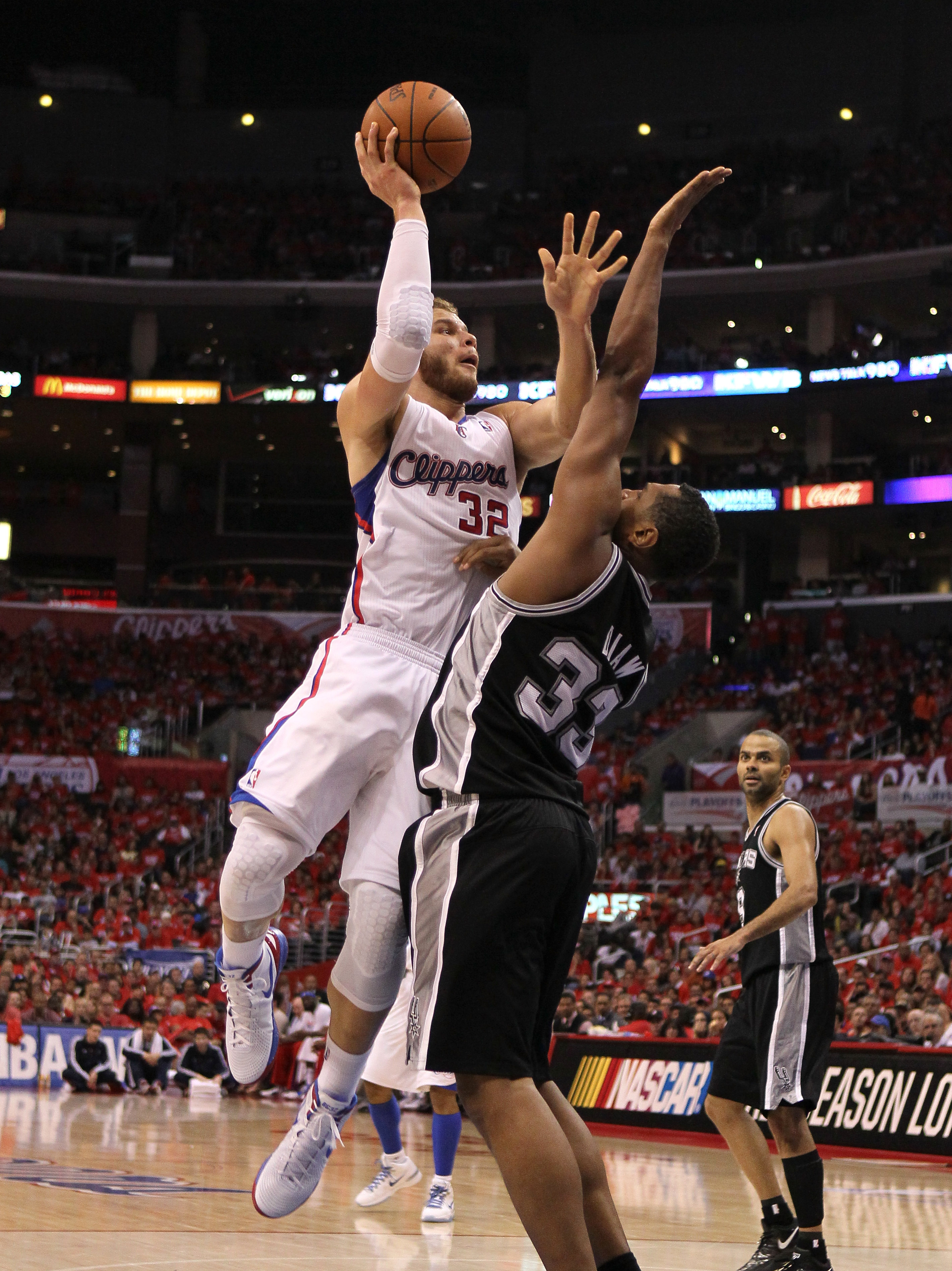 Blake Griffin scored 20 of his 28 points in Game 3 in the first half. (Getty Images)