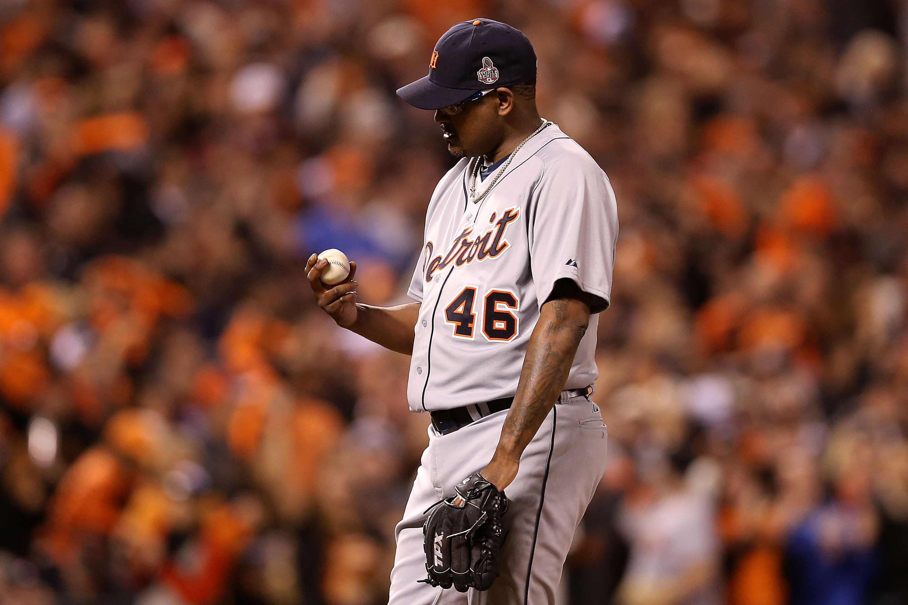 In his last Major League appearance, Jose Valverde gave up four hits and two runs. (Getty Images)