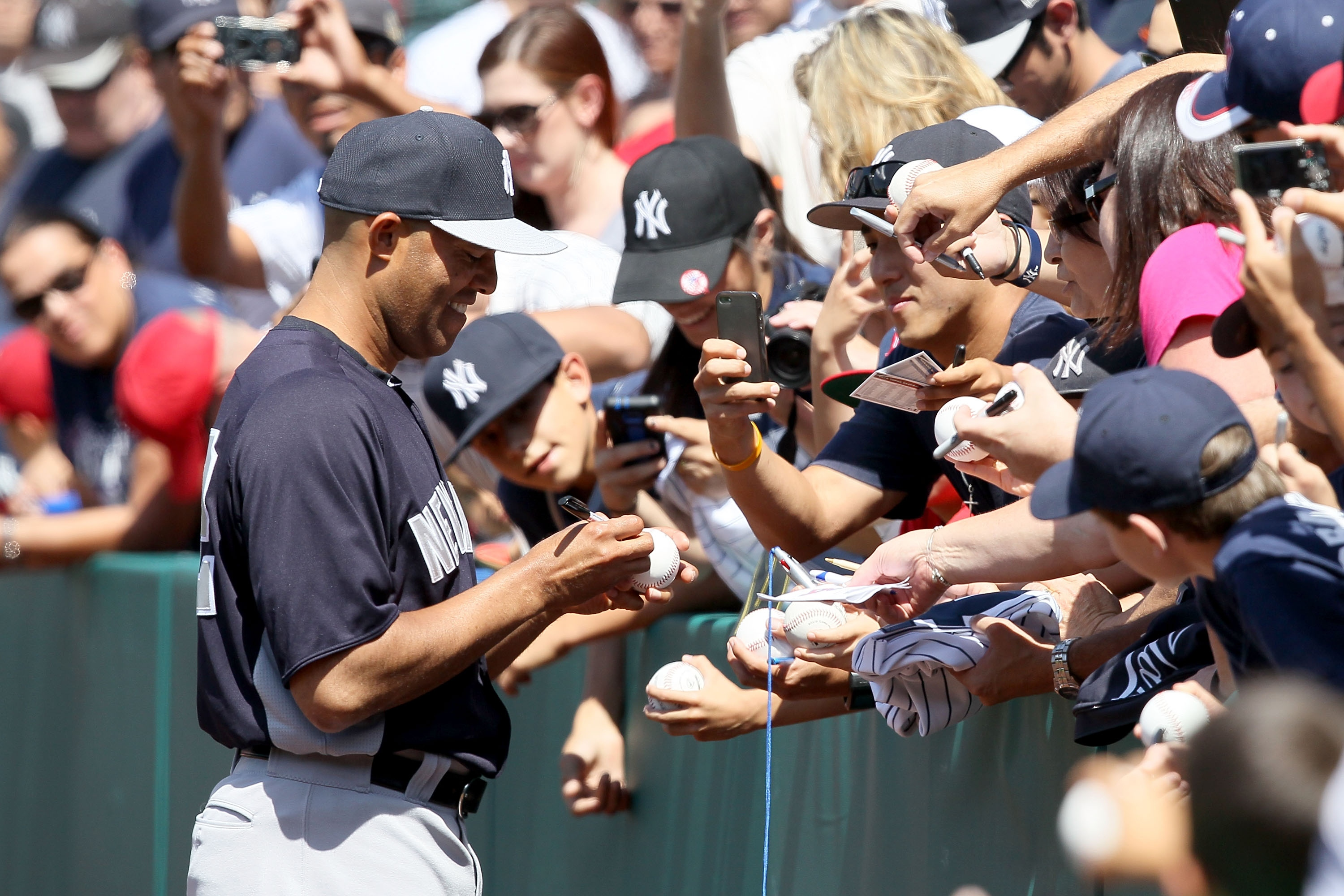 Sunday will be Mariano Rivera's final regular-season appearance at Angels Stadium as a Yankee. (Getty Images)