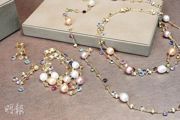 Marco Bicego Paradise系列——18K黃金半寶石耳環$8,400,18K黃金珍珠襯半寶石手鏈$13,500,18K黃金珍珠襯半寶石頸鏈$30,000(長)    $23,300(短)。(攝影:梁迺楠)