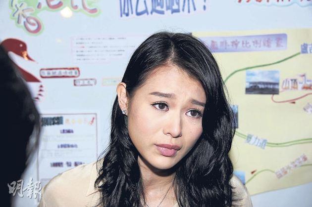 胡杏兒昨日公開承認與黃宗澤的8年情結束,她三度落淚對舊情難捨。(攝影:孫華中)