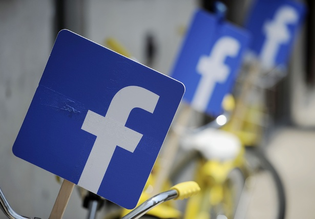 When It Goes Down, Facebook Loses $24,420 Per Minute