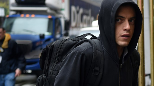 Mr. Robot : A Dark, Compelling Drama for the Paranoid Internet Age