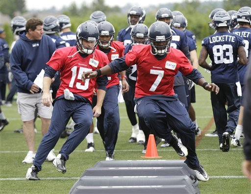 Seattle wraps minicamp with no decisions at QB
