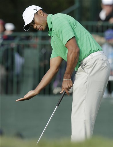 Tiger Woods was demonstrative in his frustration during Round 3 of the U.S. Open. (AP)