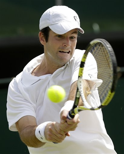 Brian Baker of US gets to Wimbledon's 3rd round