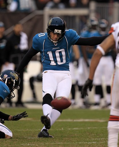 Kicker Josh Scobee signs 4-year deal with Jaguars