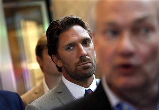 NHL executives, players resume cordial labor talks