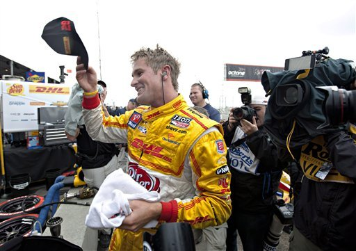 IndyCar points leader Ryan Hunter-Reay wins pole
