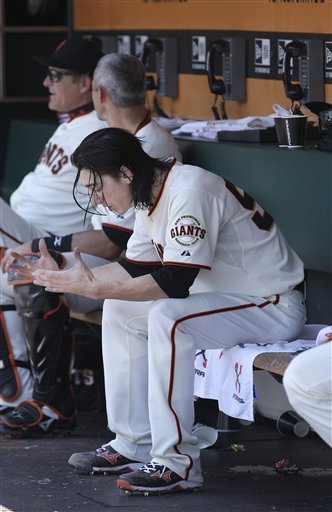Padres pound Lincecum, beat Giants 6-3