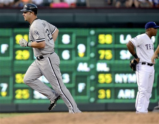 Dunn, Humber lead White Sox past Rangers 5-2