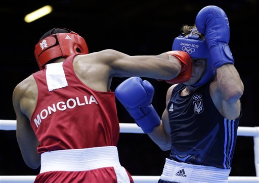 Lomachenko, Zou lead Olympic boxing semis winners