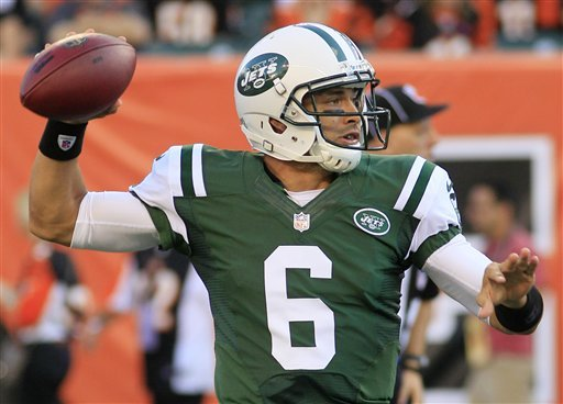 Jets' offense back to work after 'vanilla' opener