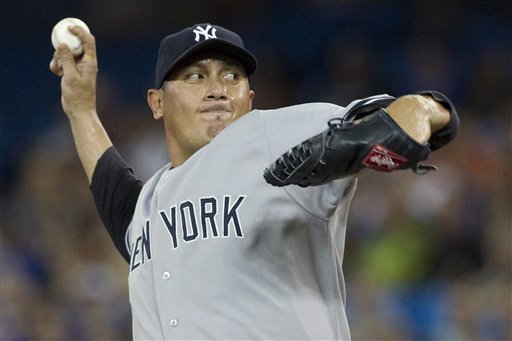 Suzuki drives in 5, Yankees beat Blue Jays 10-4