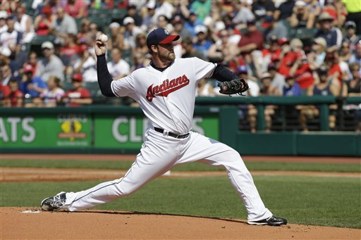 Yankees sign RHP Derek Lowe to bolster bullpen