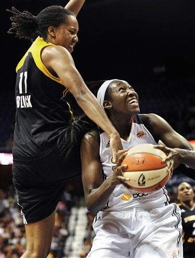 Lawson's 3-pointer in OT lifts Sun past Shock
